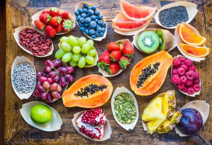 Superfoods - Früchte, Beeren, Samen und Nüsse